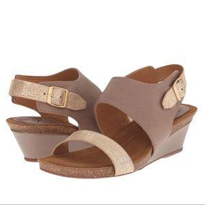 Sofft Sandals Vanita Law Wedge Brown Leather 10
